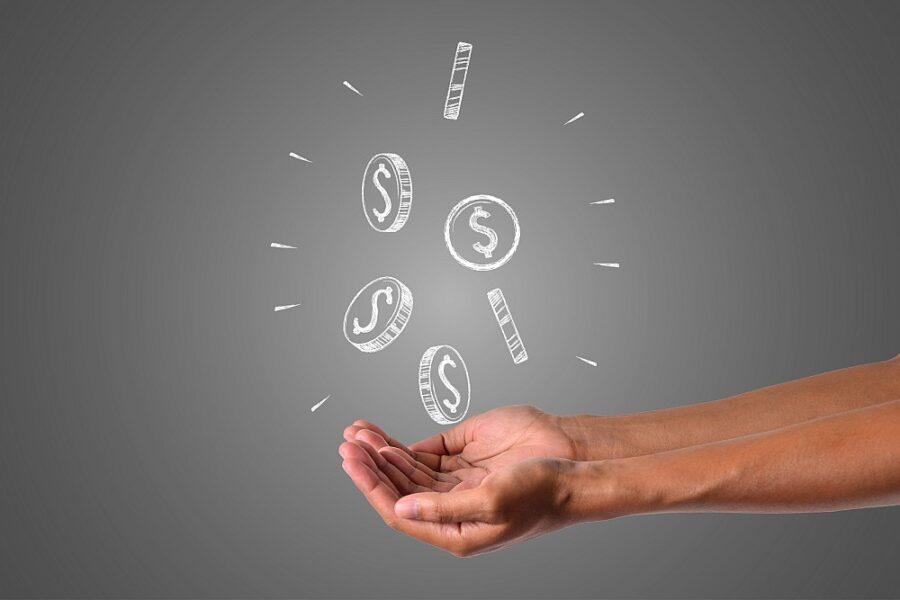 Jak nespadnout do dluhové pasti? Buďte obezřetní už při výběru půjčky!
