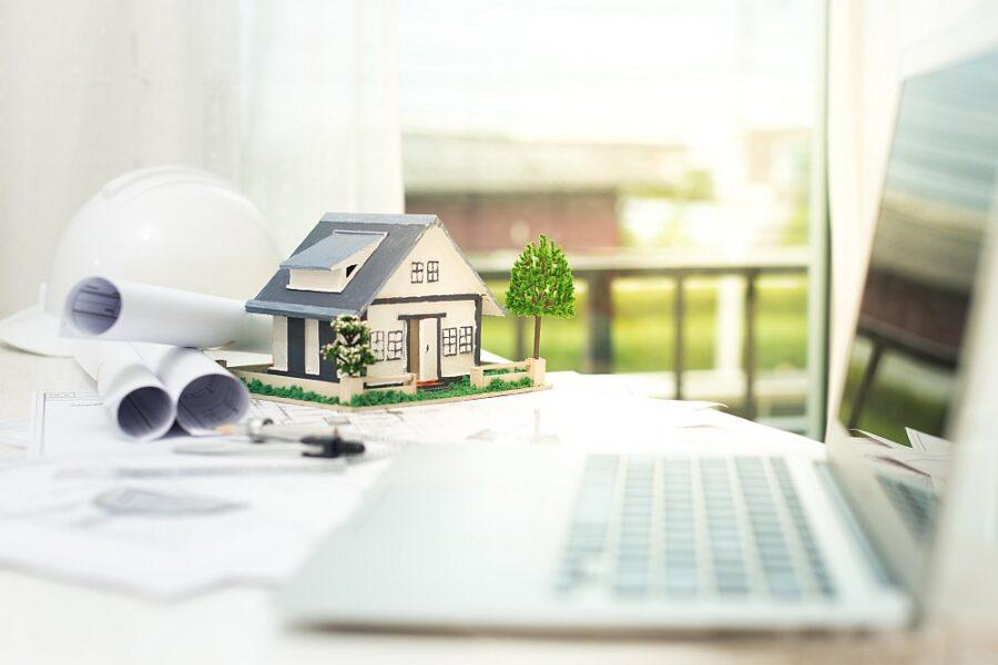 Zadlužení domácností i počet nových hypoték klesá