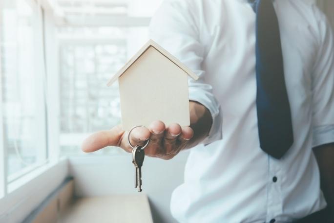 Ručení u půjčky má výhody i nevýhody. Jaké to jsou?