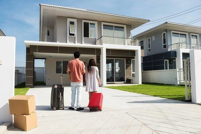 Mladí lidé nejčastěji investují do bydlení