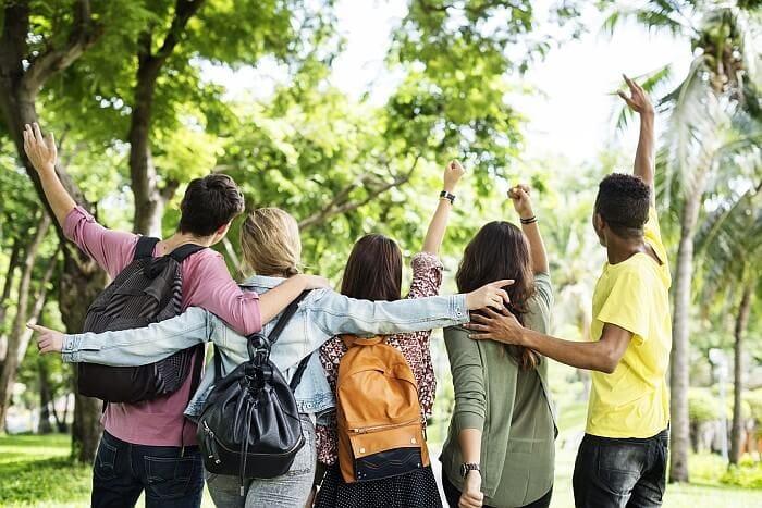 Češi ve věku do 24 let si na dovolenou nepůjčují