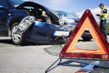 Jak správně postupovat při dopravní nehodě v zahraničí?