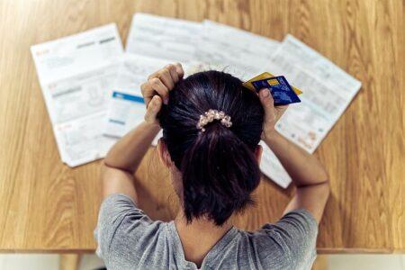 Kývli jste na nevýhodný úvěr? Víme, kdy a jak odstoupit od smlouvy