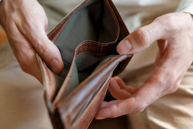 Jak vysoký může být poplatek za pozdní splácení?